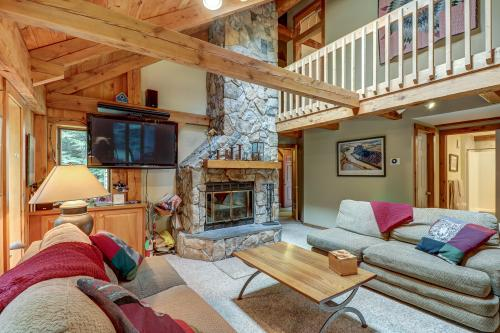 Okemo Mountainside Home - Ludlow, VT Vacation Rental