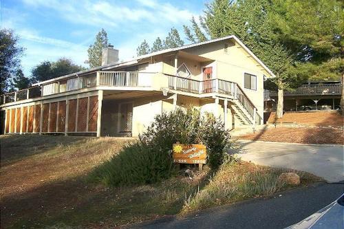 Sunny Delight - Groveland, CA Vacation Rental