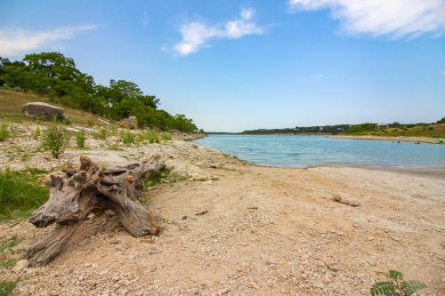A Little Piece of Texas - Canyon Lake, TX Vacation Rental