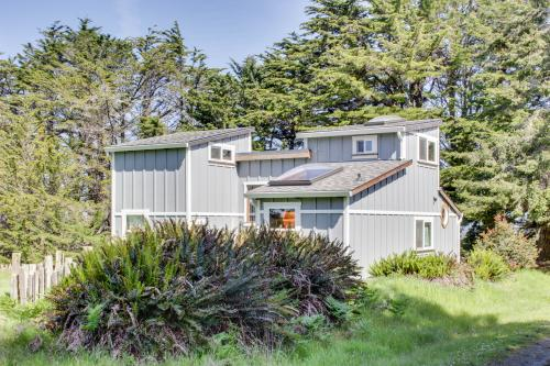 The Bungalow House at Fensalden - Albion, CA Vacation Rental