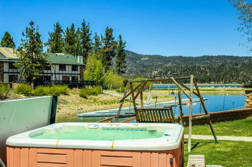 Mallard Lagoon Escape - Big Bear Lake, CA Vacation Rental