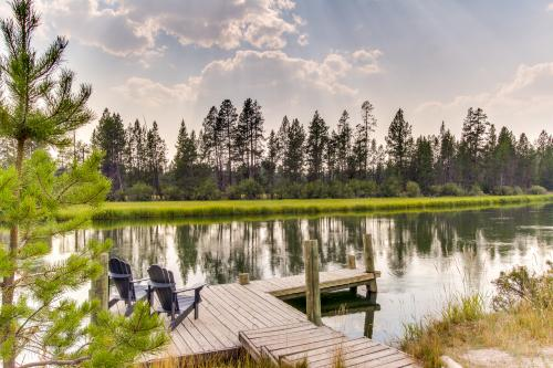 Sunriver Deschutes Riverfront Lodge - Sunriver, OR Vacation Rental