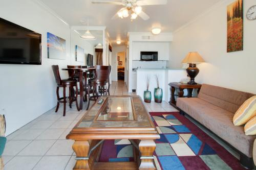 The Divine Pearl -  Vacation Rental - Photo 1