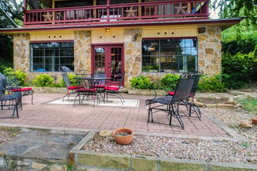 Breeze Terrace - Burnet, TX Vacation Rental