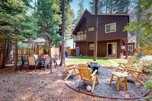 Paradise and  Pines - Tahoma, CA Vacation Rental