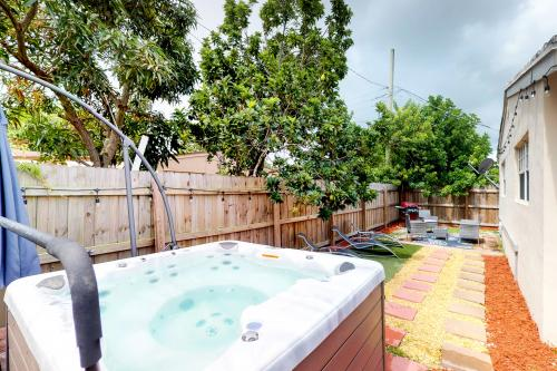 Madison Getaway - Hollywood, FL Vacation Rental