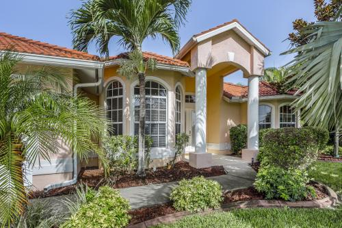 Sunray - Cape Coral, FL Vacation Rental