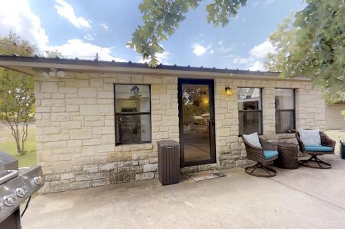 Paradise Cove - Kingsland, TX Vacation Rental