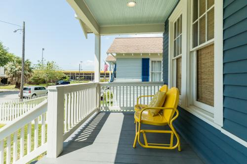 Love This 1 - Galveston, TX Vacation Rental