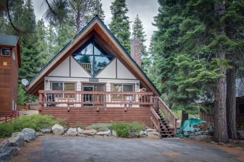 Moose Cabin at Carnelian Bay - Carnelian Bay, CA Vacation Rental