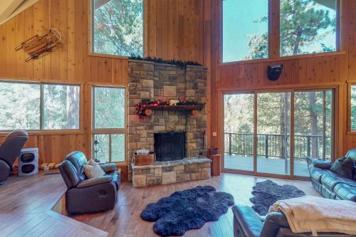 Thunderbird Chalet - Lake Arrowhead, CA Vacation Rental