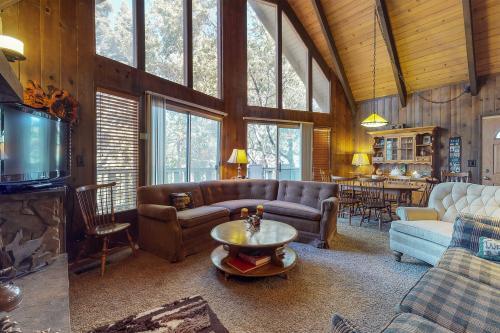 Cedar House - Lake Arrowhead, CA Vacation Rental