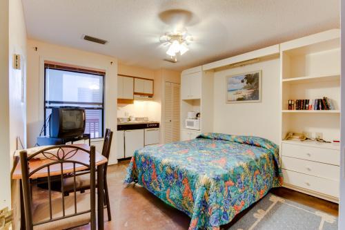 The Inn at St. Thomas Square #1203A -  Vacation Rental - Photo 1