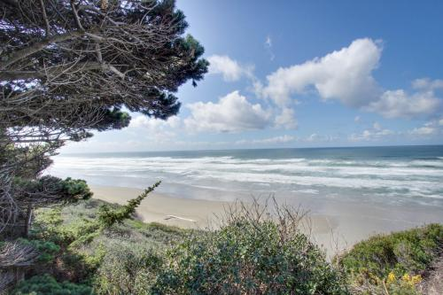 Bandon Bluff House - Bandon, OR Vacation Rental