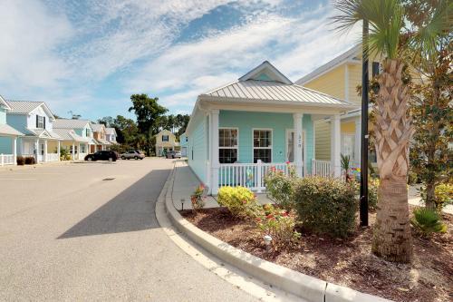 Palm Tree Paradise - Myrtle Beach, SC Vacation Rental