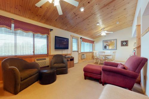 Fall Line S206 - Newry, ME Vacation Rental
