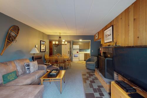 Mountain Green: 1C4 - Killington, VT Vacation Rental