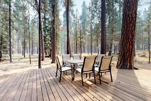 Black Butte Ranch: Partridge Foot Cabin lot #RR83 - Black Butte Ranch, OR Vacation Rental