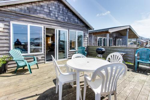 Pacific Ave, Park Place & Boardwalk - Rockaway Beach, OR Vacation Rental