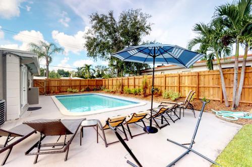 Poolside Pleasures Unit 1 - Fort Lauderdale, FL Vacation Rental
