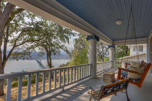 The Bluff House - White Salmon, WA Vacation Rental