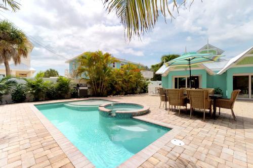 Spruce Seclusion  - Anna Maria, FL Vacation Rental