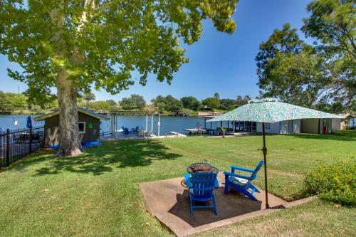 Riverside Cottage - Kingsland, TX Vacation Rental