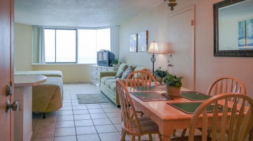 The Top of the Gulf #823 -  Vacation Rental - Photo 1