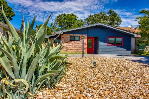 Lake Memories - Kingsland, TX Vacation Rental