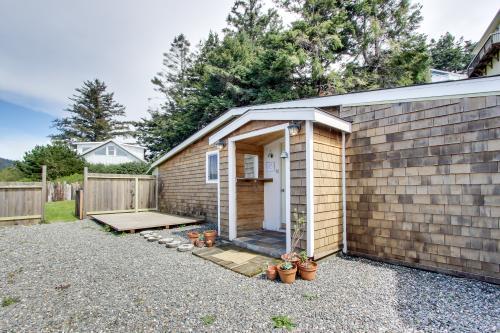 Harbor View Studio Cottage -  Vacation Rental - Photo 1