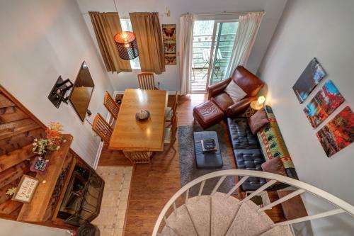 Black Bear Lookout - Gatlinburg, TN Vacation Rental