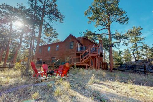 Heavenly Pines Retreat - Estes Park, CO Vacation Rental