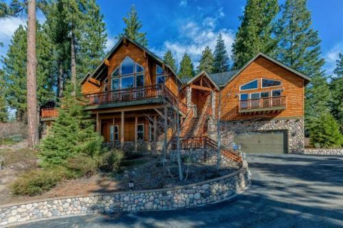 Sunset Mountain - Shaver Lake, CA Vacation Rental