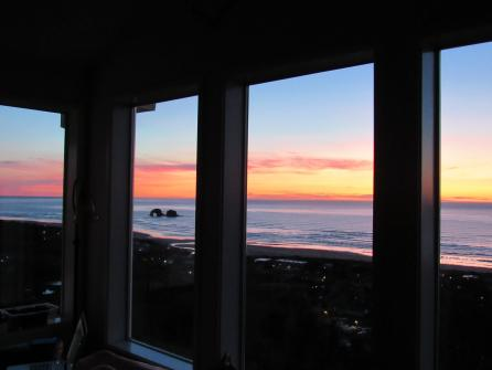Panoramic Vista - Rockaway Beach, OR Vacation Rental