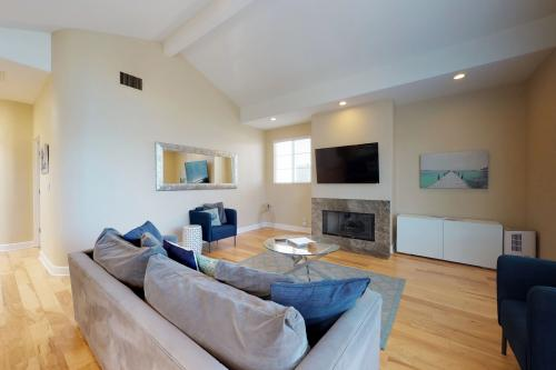 Silver Strand Family Getaway - Oxnard, CA Vacation Rental
