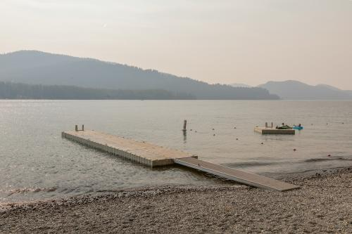 Bay Point Lakefront 5B Down - Whitefish, MT Vacation Rental