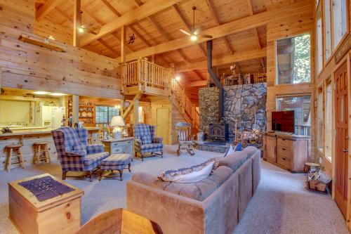 Peaceful Pine - Dorrington, CA Vacation Rental