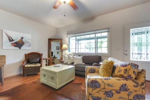 Cozy Downtown Bungalow - Coeur d'Alene, ID Vacation Rental
