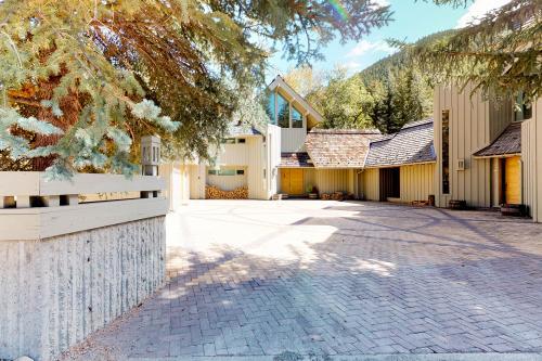 Sun Valley Warm Springs Mountain Getaway - Ketchum, ID Vacation Rental