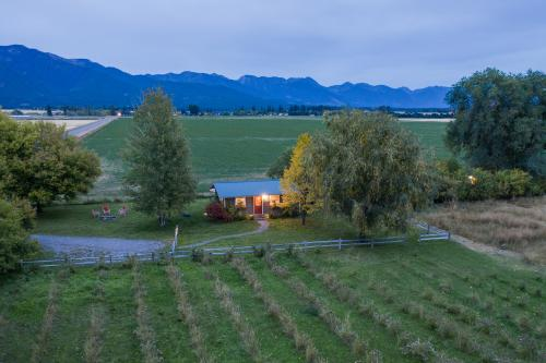 Farm Cottage - Kalispell, MT Vacation Rental