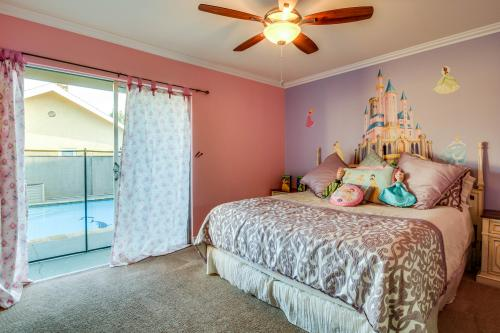 Wonderland House  - Anaheim, CA Vacation Rental