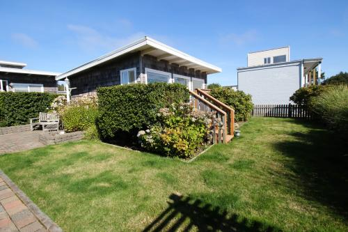 Periwinkle - Pacific Beach, WA Vacation Rental