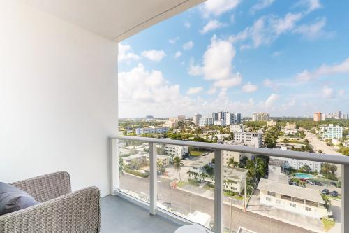 NEW POSH PENTHOUSE WITH OCEAN VIEWS - Fort Lauderdale, FL Vacation Rental