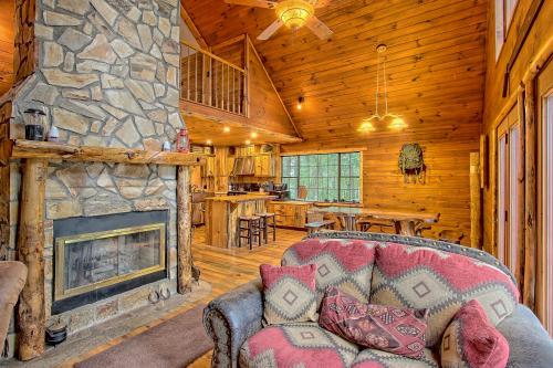 Mountain's Edge - Ellijay, GA Vacation Rental