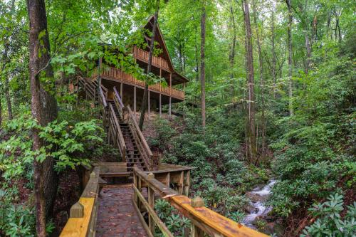 Up the Creek - Sevierville, TN Vacation Rental