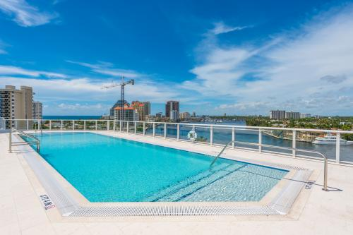 Sunny Beach Retreat - Fort Lauderdale, FL Vacation Rental