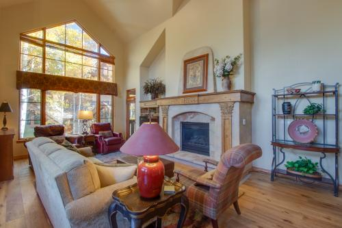 Spruce Tree Lodge #208 - Edwards, CO Vacation Rental