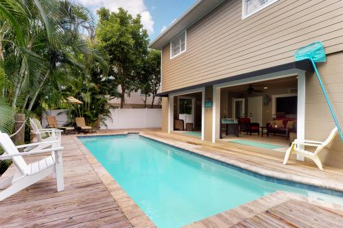 Bay Bungalow  - Anna Maria, FL Vacation Rental