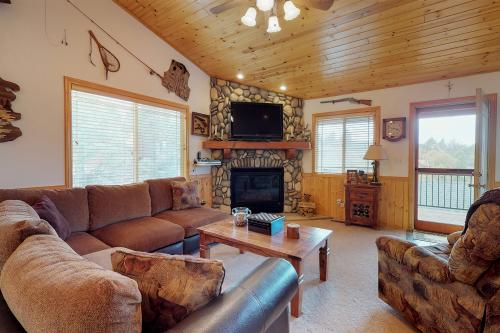 Mountain Paradise - Big Bear City, CA Vacation Rental