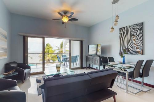 B2 @ Blue Water Beach Villas - San Pedro, Belize Vacation Rental